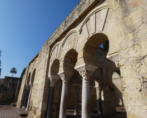 visita-guiada-medina-azahara-edificio-basilical
